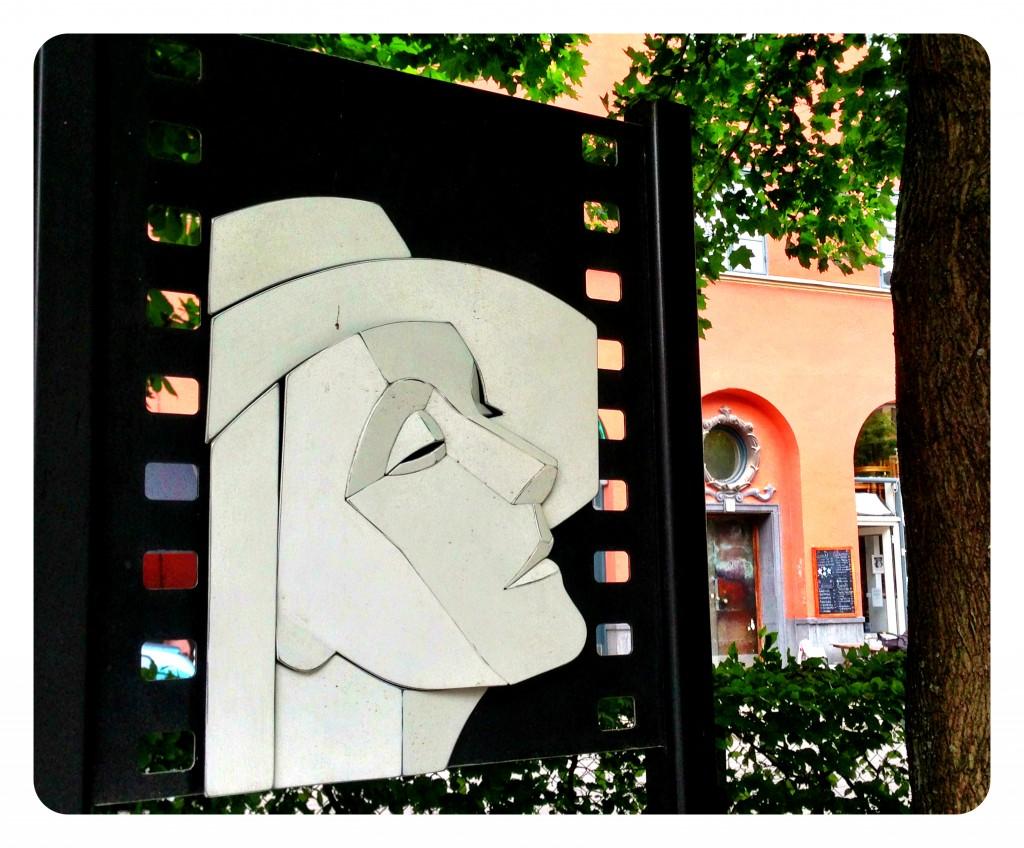 In memory of the late, great Greta Garbo