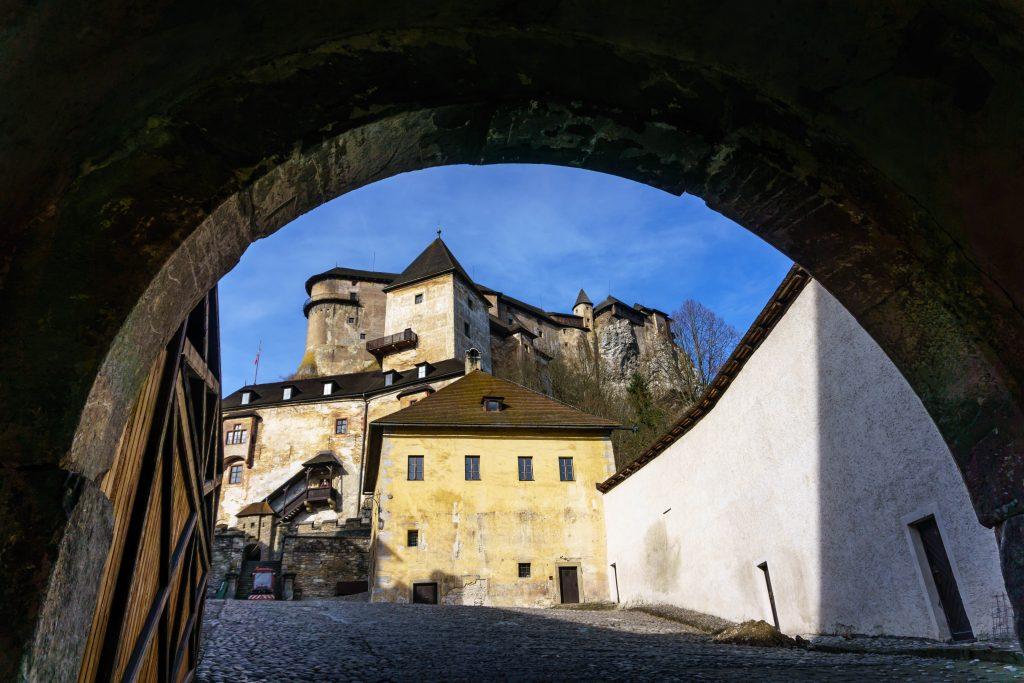 Courtyard, Orava Castle